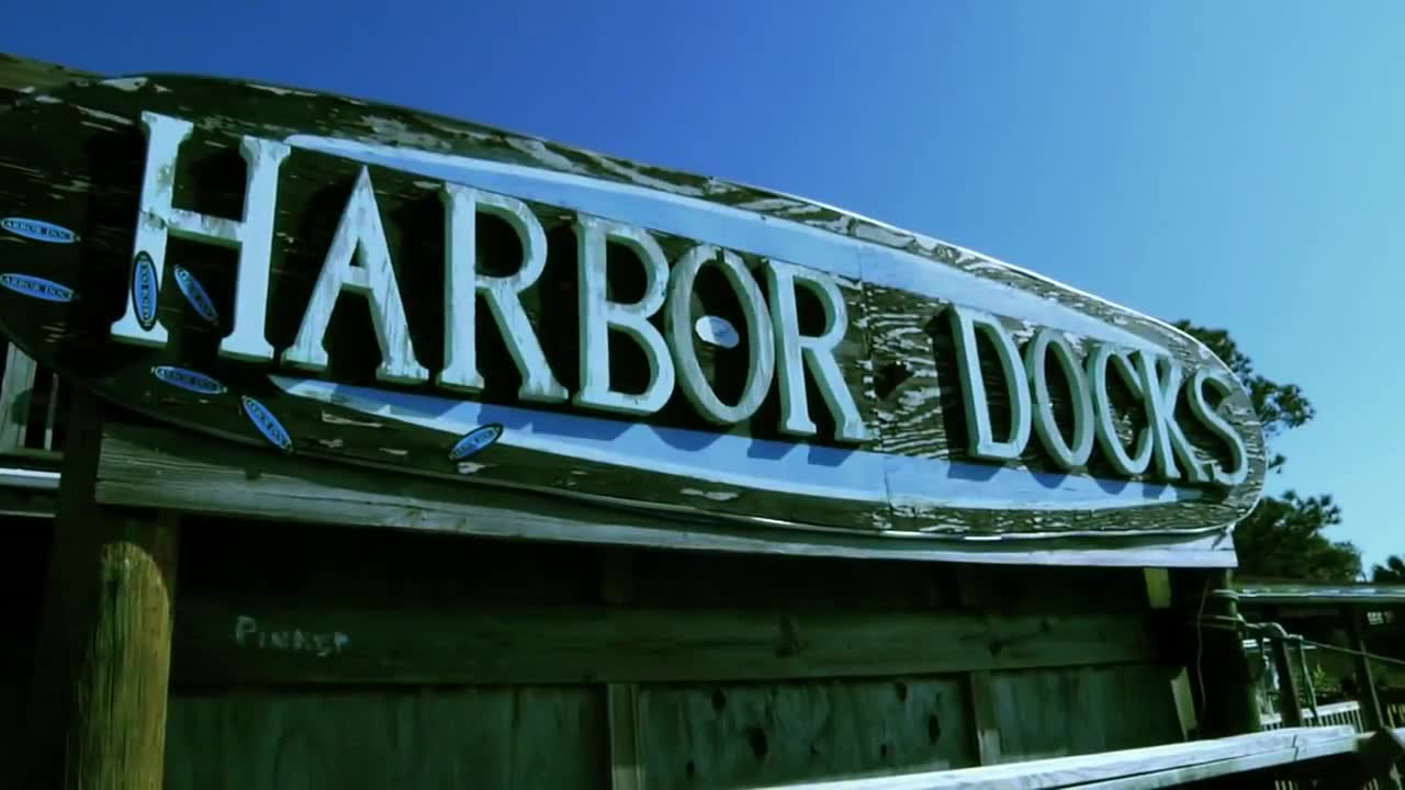 Harbordocks Destin Florida – Off The Boat to your plate