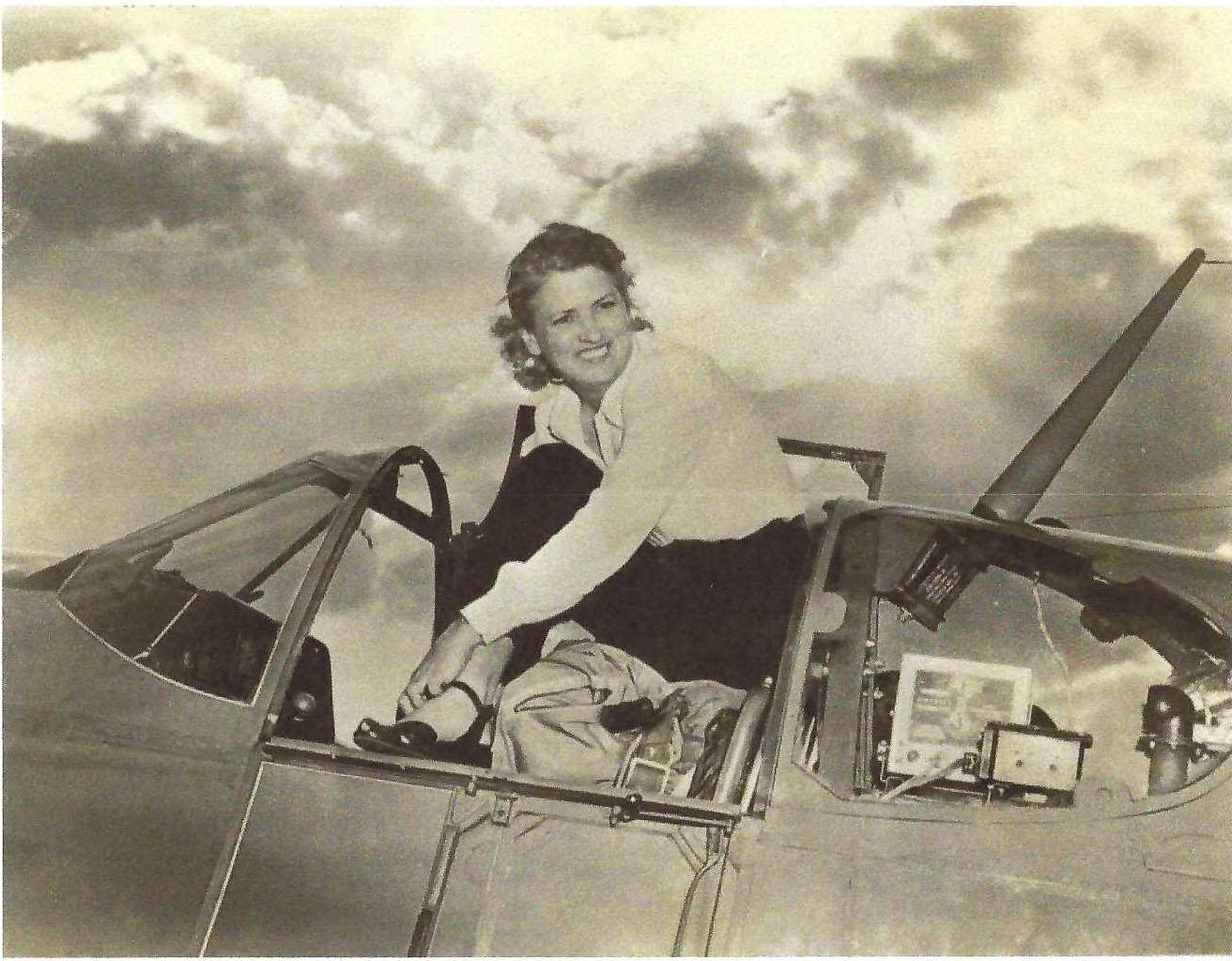 CALLING ALL PILOTS:  MEET JACKIE COCHRAN